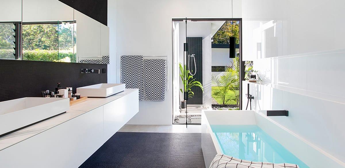 Freestanding bath renovation inspiration
