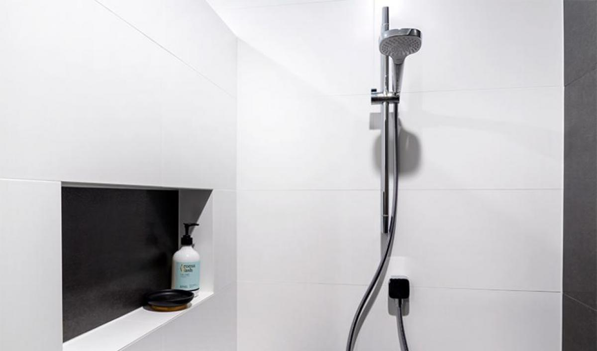 butler main bathroom rail shower