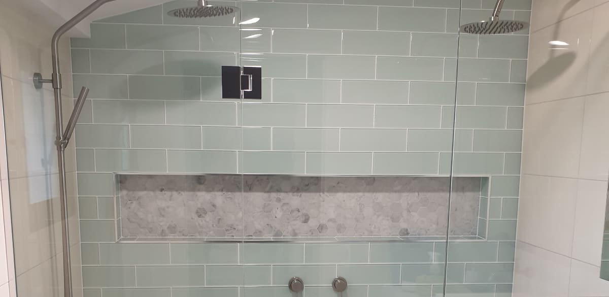 wulagi main project gallery shower