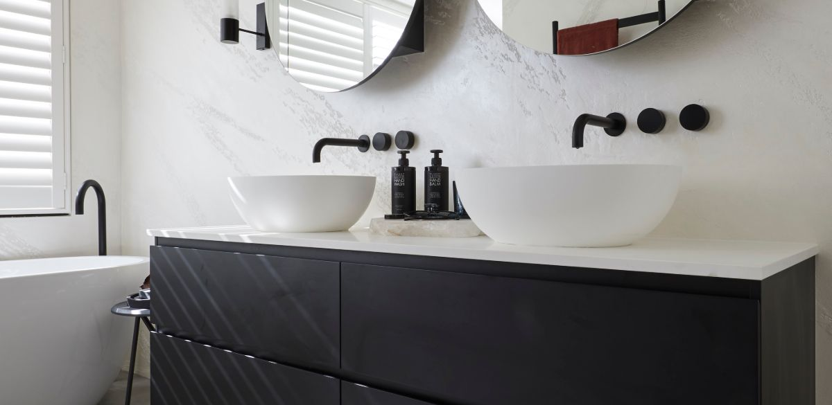 elise matt master ensuite the block basin