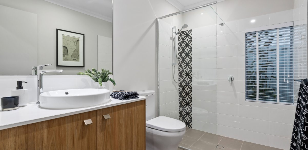 piarawaters main project gallery shower