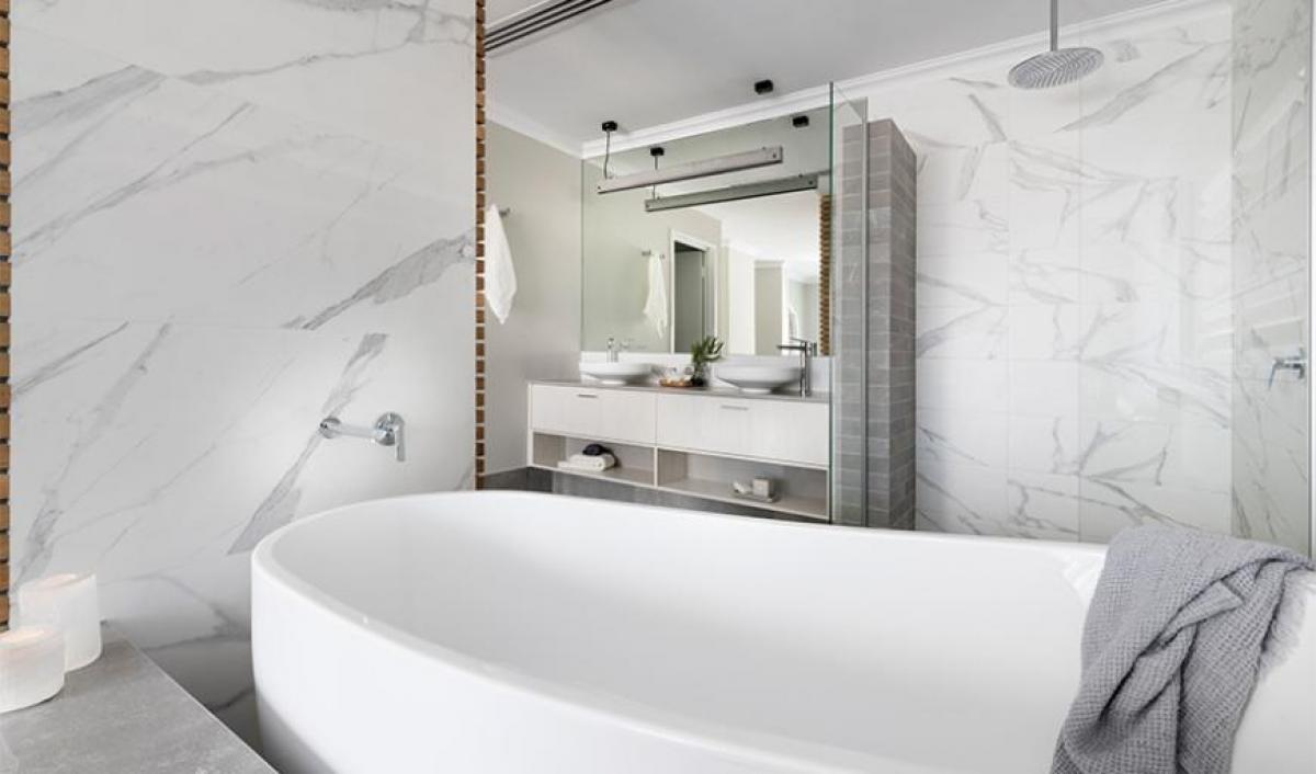 onassis ensuite bathroom gallery bath 04
