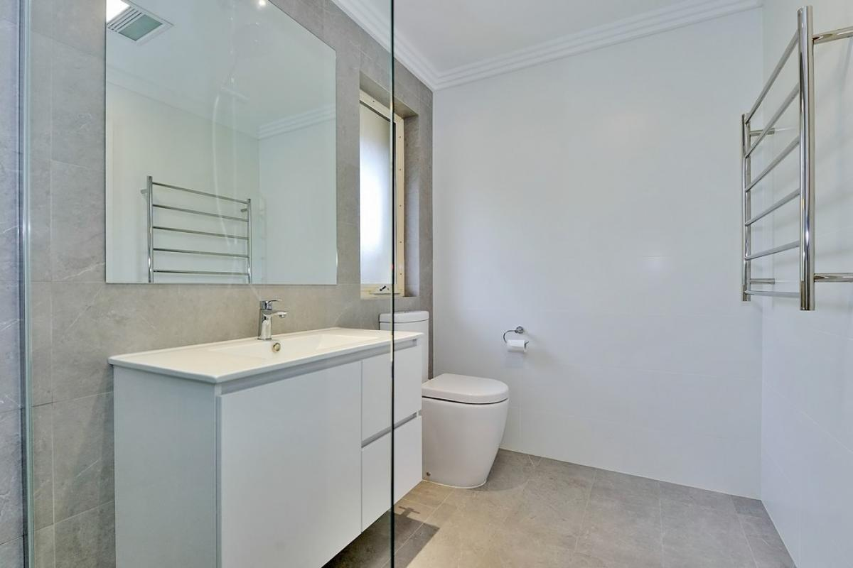 maidavale ensuite project gallery vanity