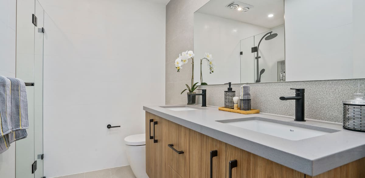 leppington main2 project gallery vanity