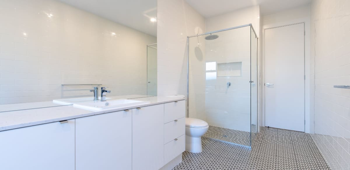 seaford main project gallery vanity2