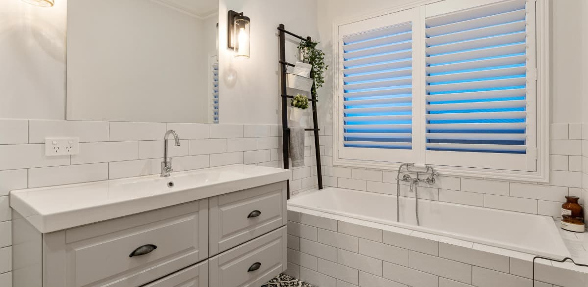 mountlawley main project gallery vanity2