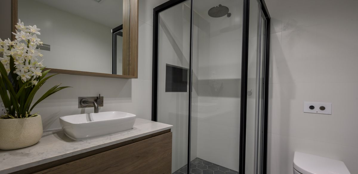 boxhill guest project gallery shower