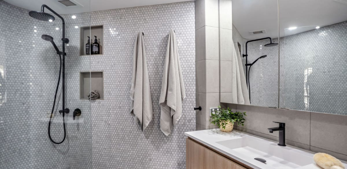 mainbeach ensuite project gallery tap
