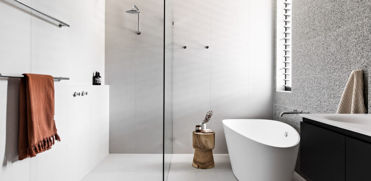 thirroul main project gallery shower