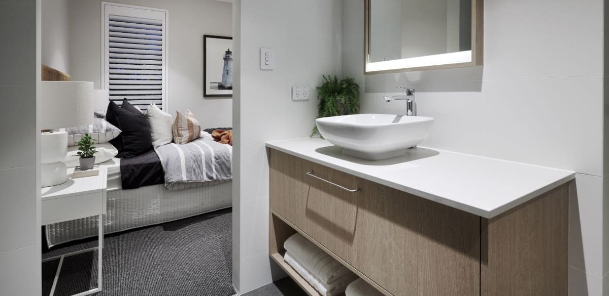 burnsbeach ensuite2 project gallery basin