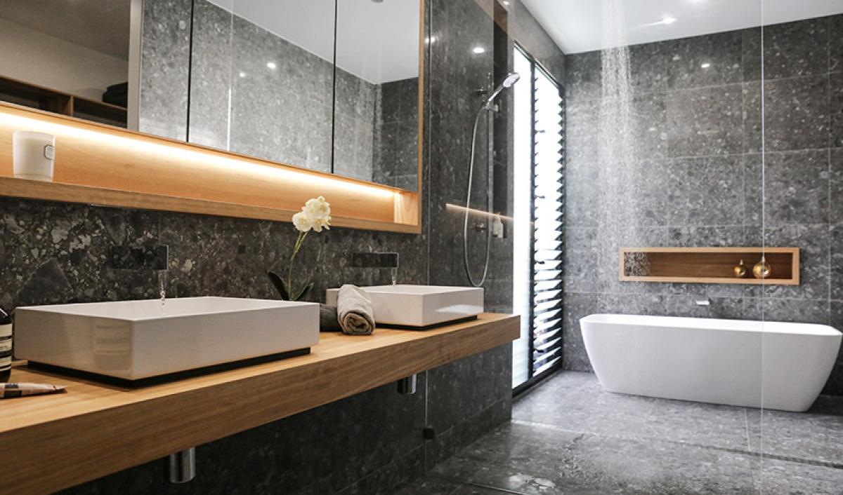 Reece bathroom Teneriffe freestanding bath