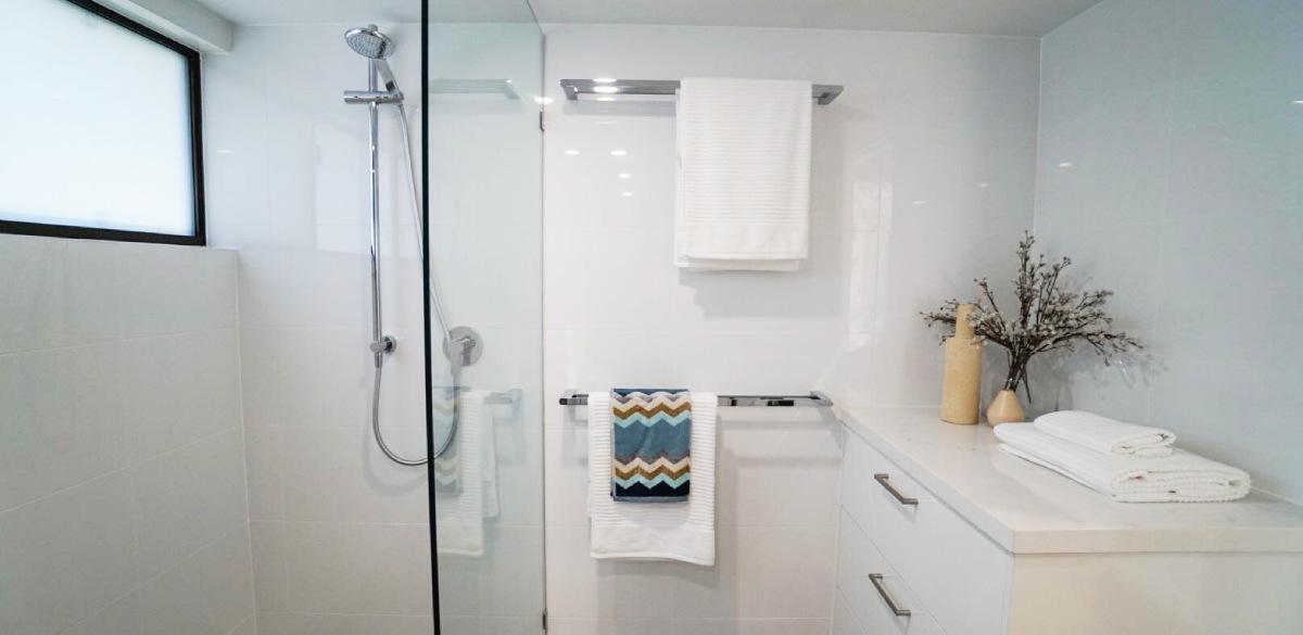 peregianbeach main project gallery shower2