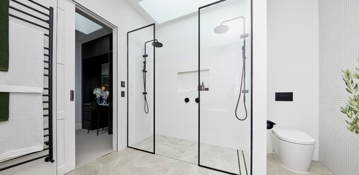 sarahandgeorge masterensuite project gallery shower2