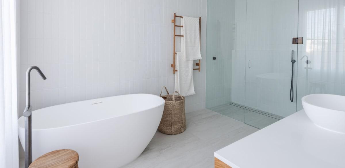 henlybeach main project gallery bath
