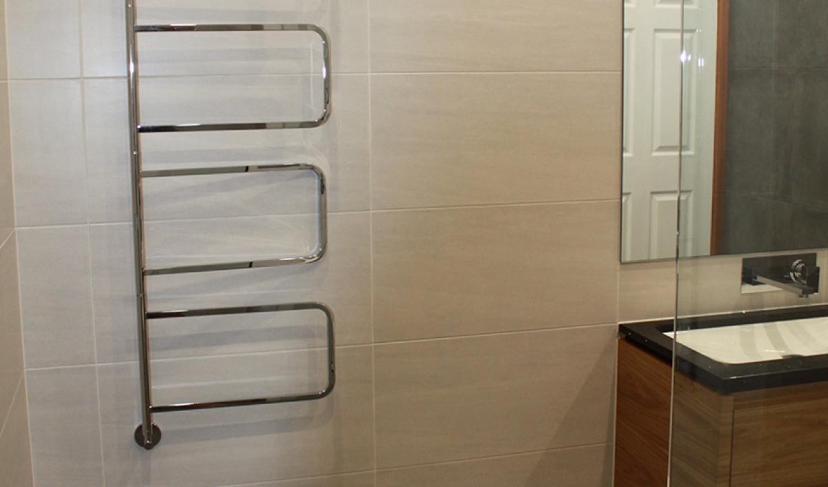 Reece bathroom gallery heated towel rail