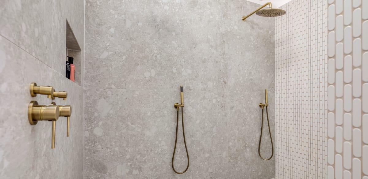 broadbeachwaters ensuite project gallery shower