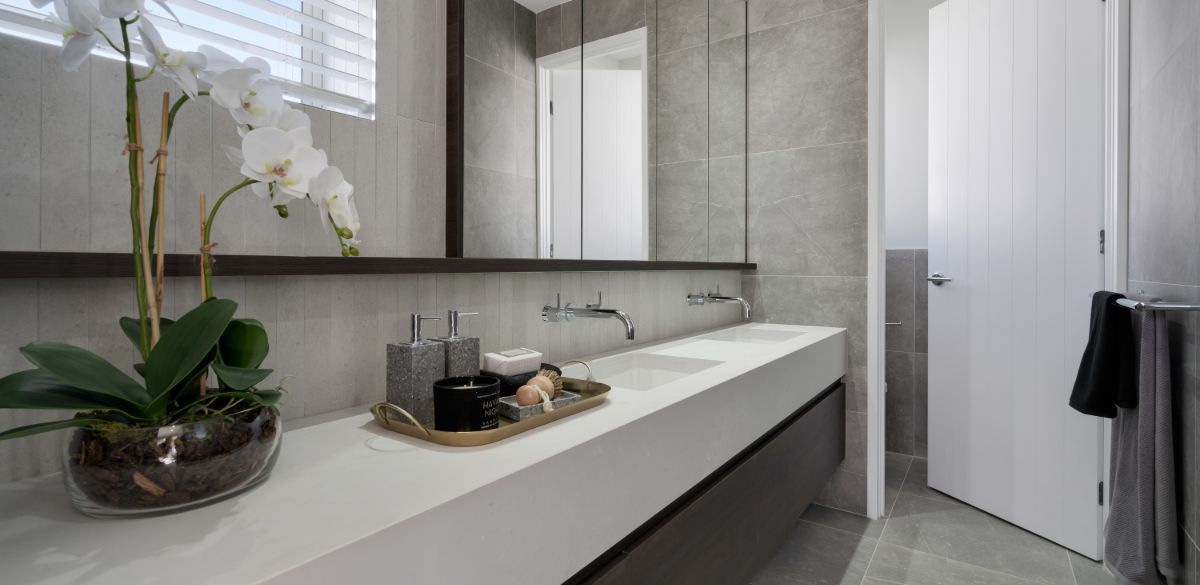 Greenbank ensuite project gallery taps
