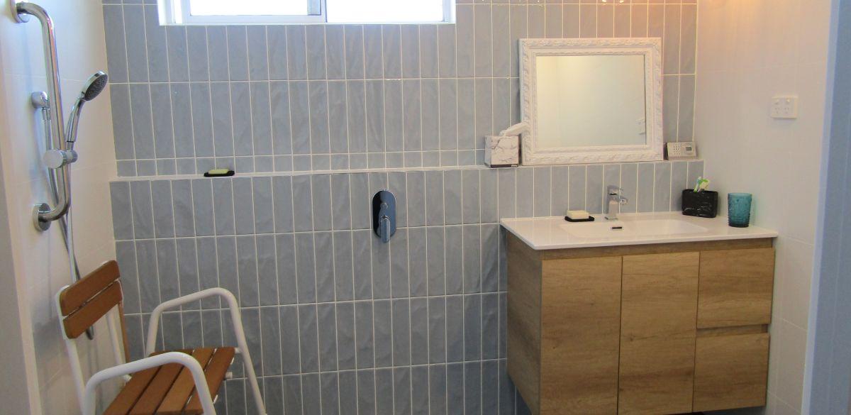 doracreek main project gallery shower