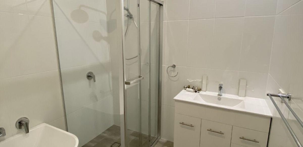 birkenhead main project gallery shower