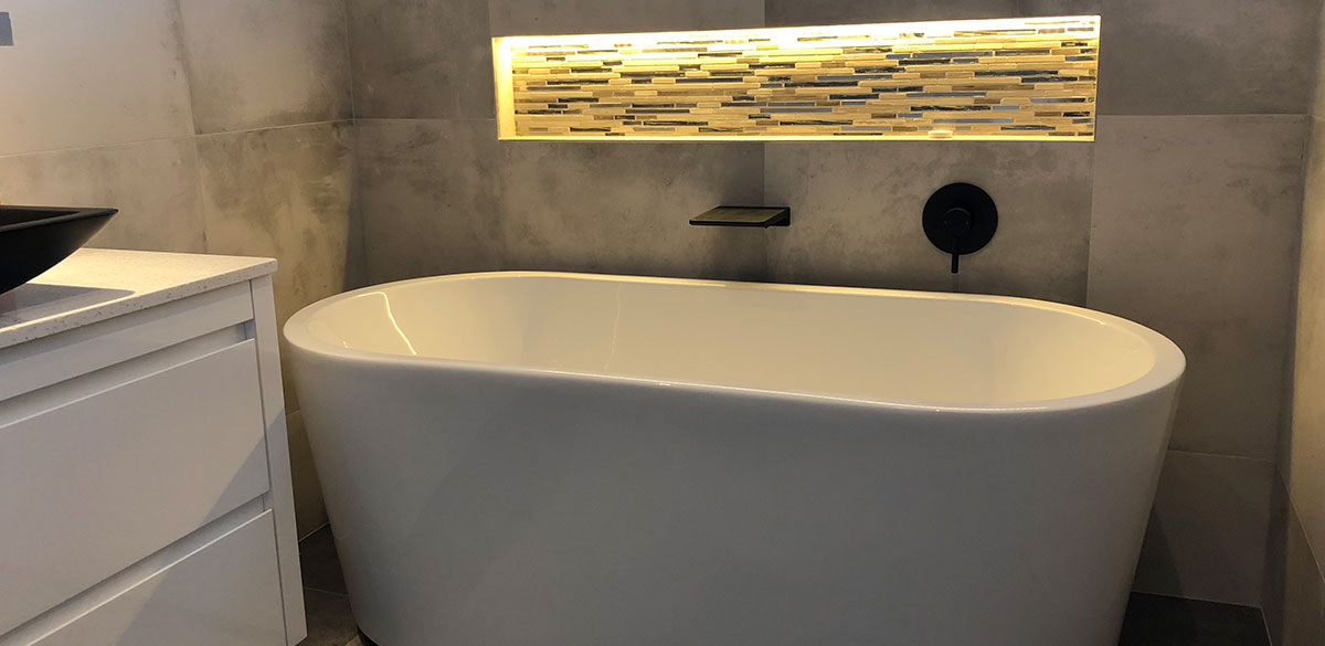 Reece bathroom posh solus freestanding bath