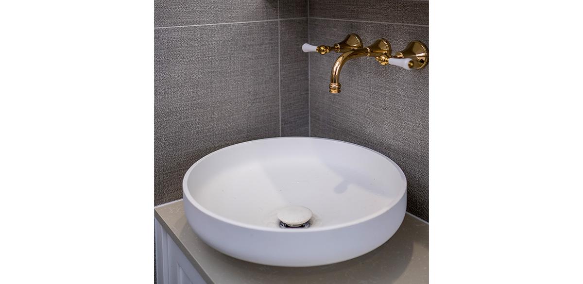 Reece bathroom Omvivo above counter basin