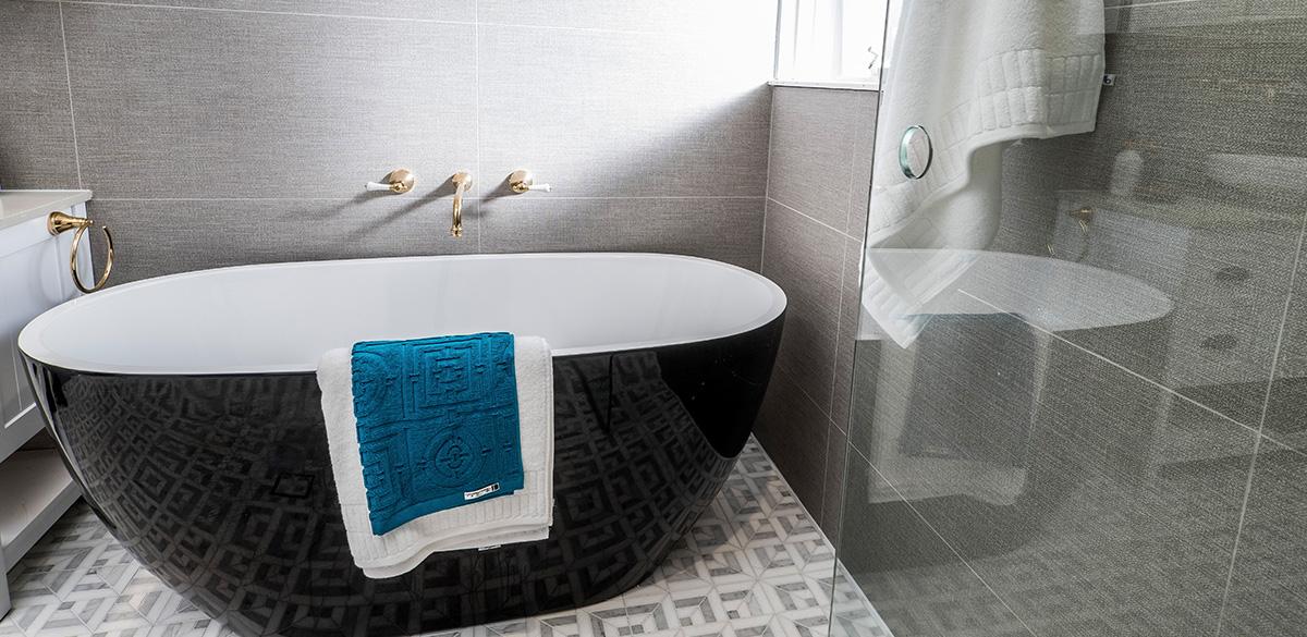 Reece bathroom buying blind kado lux black bath