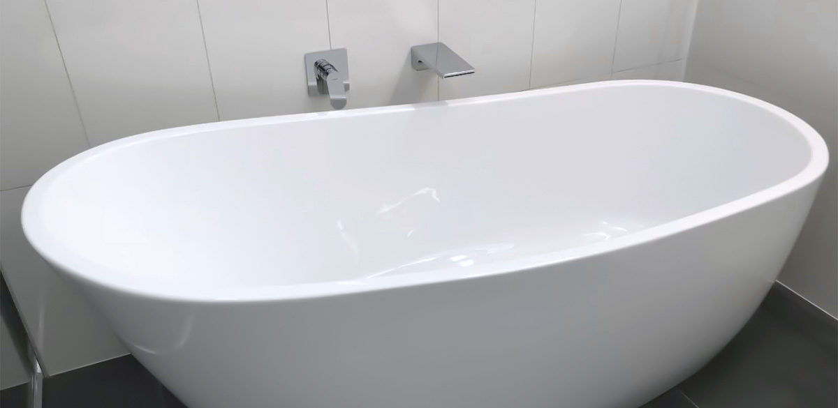 Reece bathroom freestanding bath kado