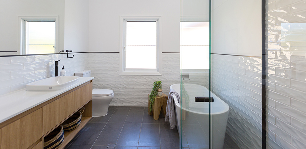 east mackay mainbathroom project gallery bath 01