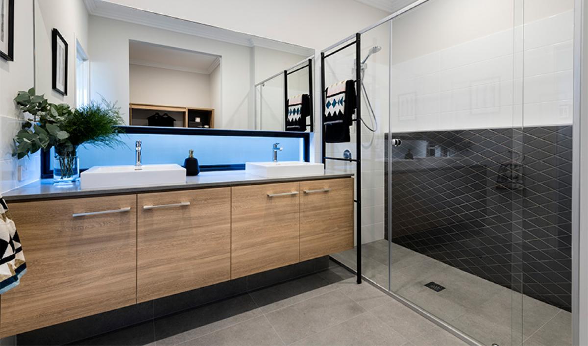 Reece Bathrooms gallery shower screen