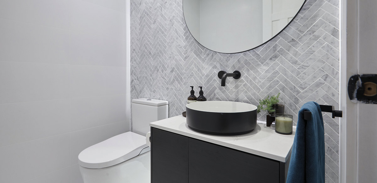 the block kerri spence powder room toilet 04