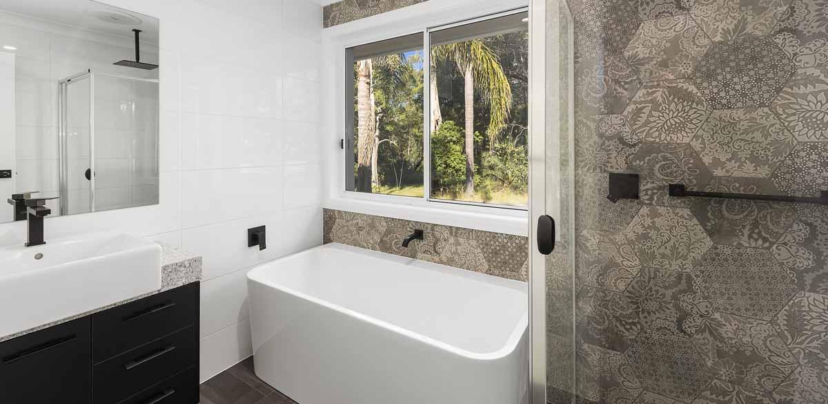 coffsharbor main bathroom project gallery bath 01