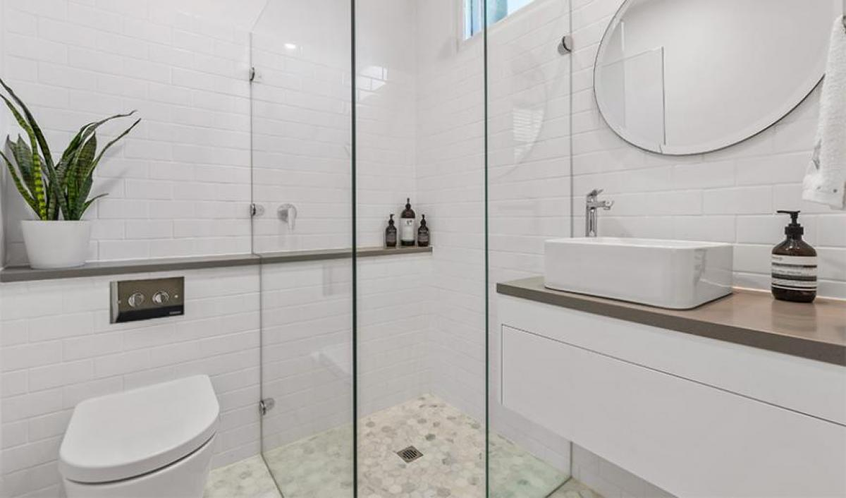 Reece bathrooms gallery frameless shower screen