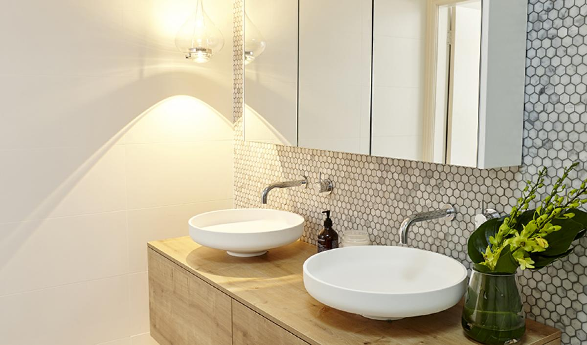 Reece bathroom round basin