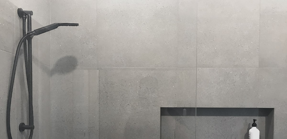 benowawaters main project gallery shower