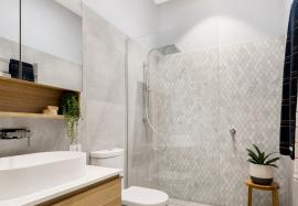the powder room love it or list it shower