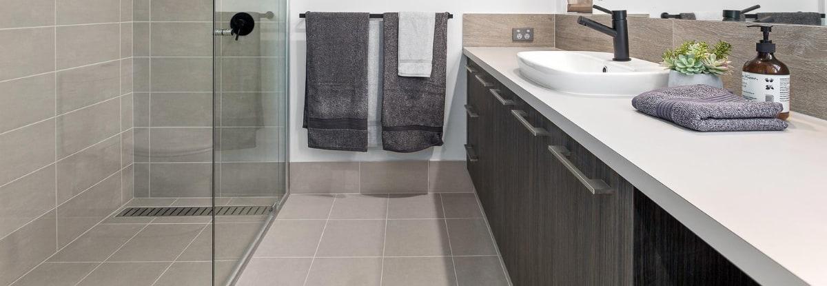 reece bathroom shower floor rail shower